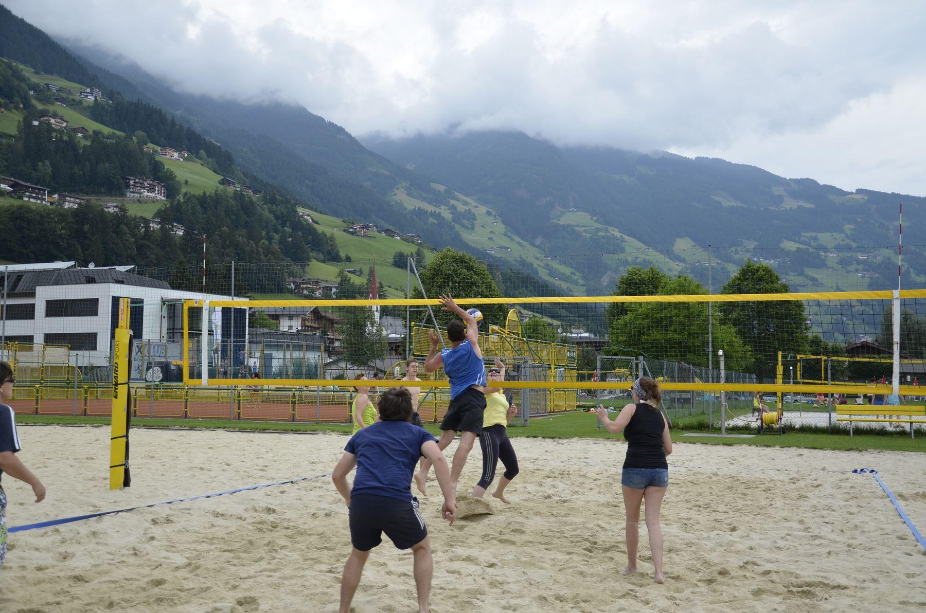 2016-07-02 Beachvolleyball 148