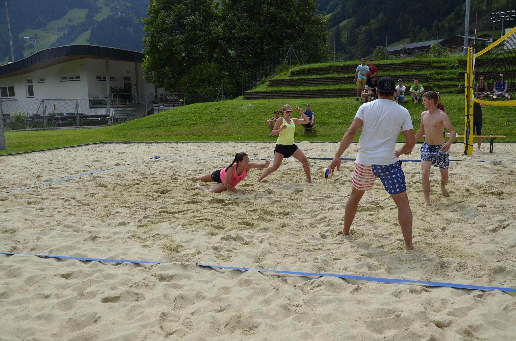 2016-07-02 Beachvolleyball 212