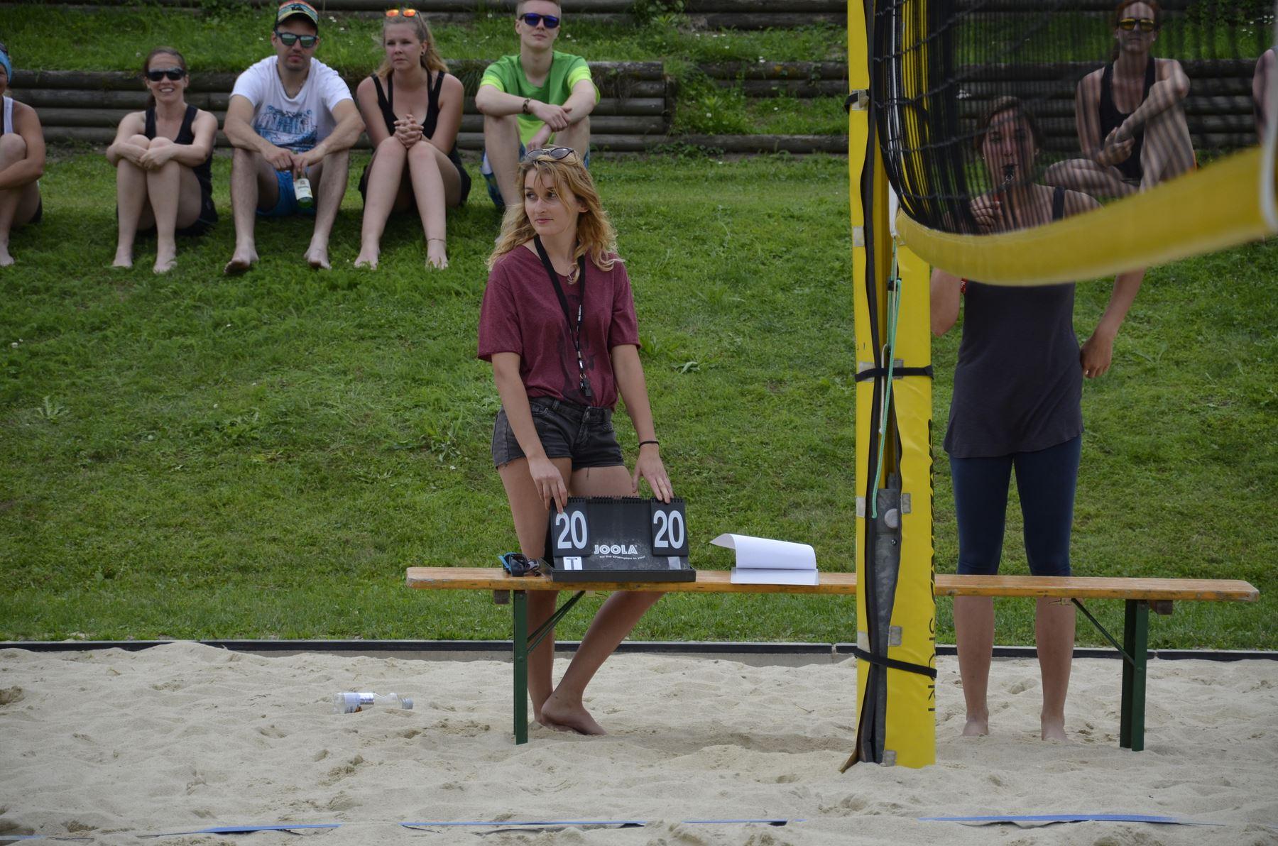 2016-07-02 Beachvolleyball 243
