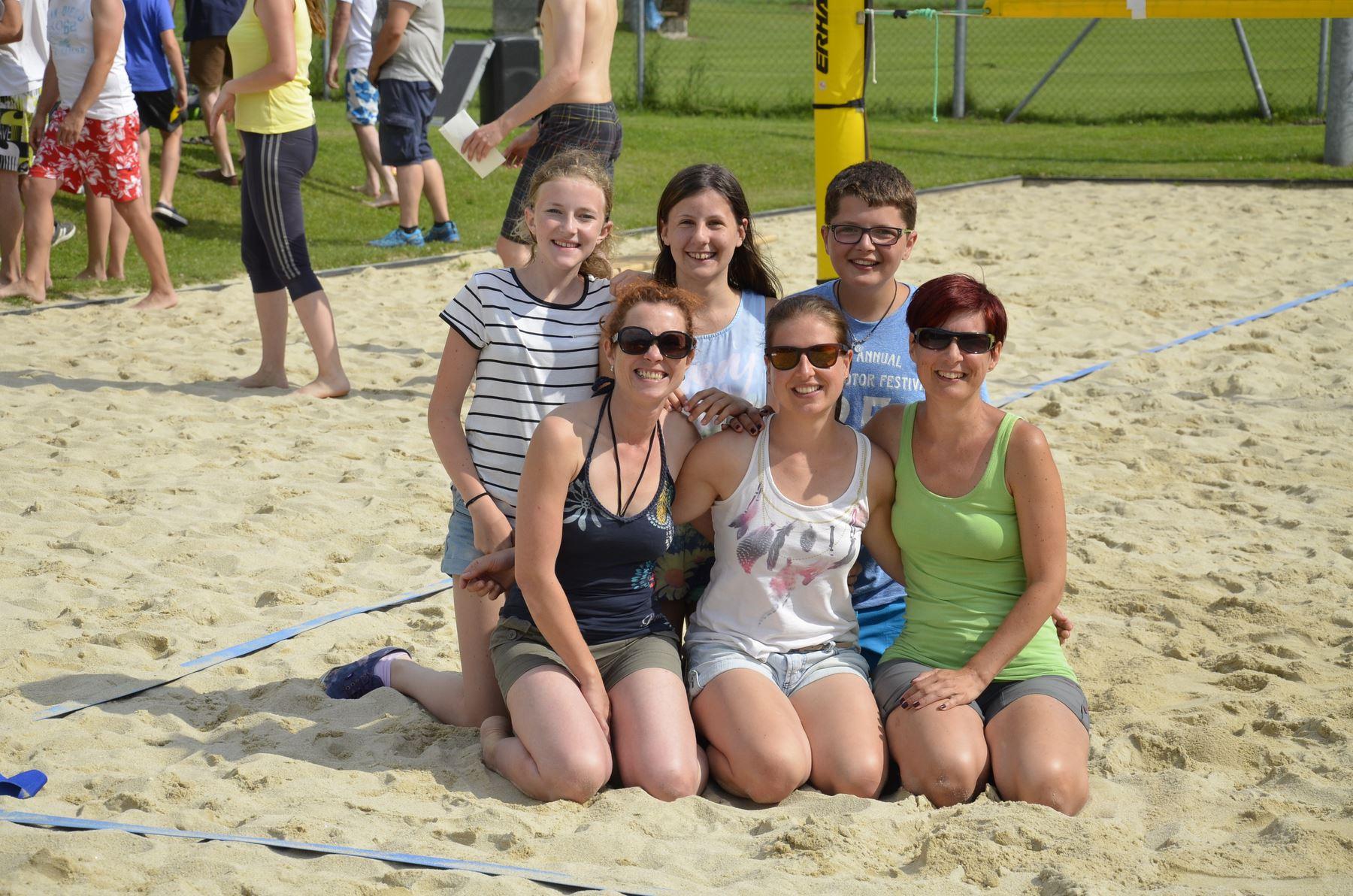2016-07-02 Beachvolleyball 334